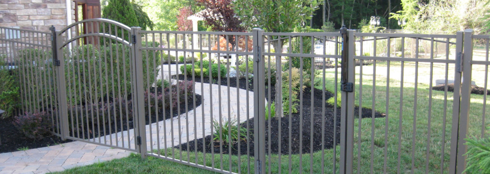 Bronze Pool Enclosure with Accent Gate
